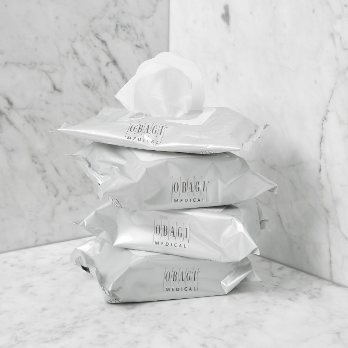 Obagi Facial Cleansing Wipes keep you face clean to avoid maskne